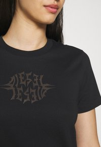 Diesel - Print T-shirt - black - 3