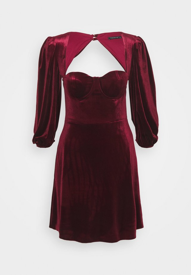 Cocktail dress / Party dress - burgundy