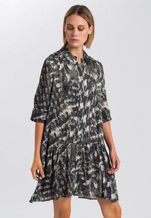 Shirt dress - reed varied