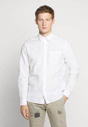 Shirt - optic white