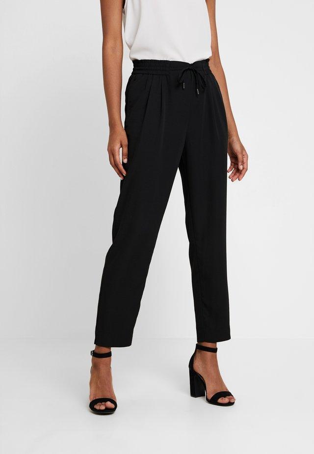 VIIRIS RWRE 7/8 PANT - Pantalones - black