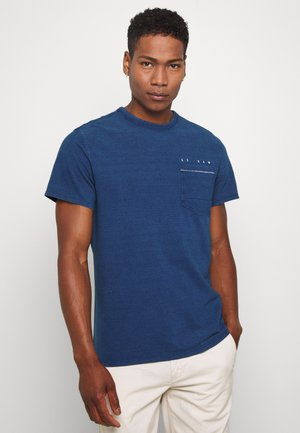 INDIGO RAW EMBRO GR POCKET R T S\S - Print T-shirt - faded indigo
