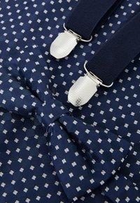 Pier One - SET - Belt - dark blue - 4