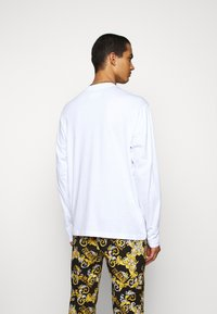 Versace Jeans Couture - LOGO - Long sleeved top - white/gold - 2