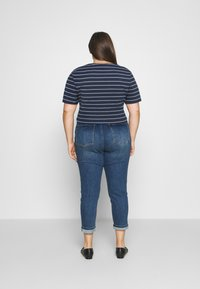Tommy Jeans Curve - STRIPED WRAP - Print T-shirt - twilight navy/white - 2
