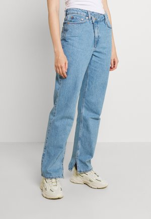 AVERY - Jeansy Relaxed Fit - pool blue
