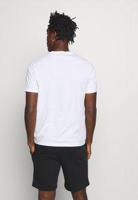 Champion - LEGACY CREW NECK 3 PACK - Basic T-shirt - black/white/grey - 2