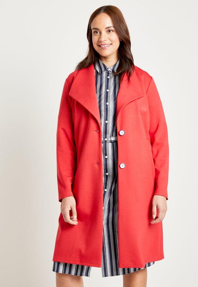 Classic coat - poppy