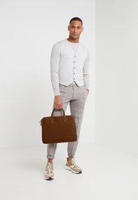 BOSS - CROSSTOWN  ZIPS - Briefcase - light pastel brown - 1