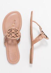 Tory Burch - MILLER - Sandály s odděleným palcem - light makeup - 3