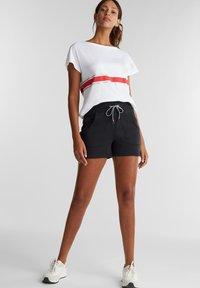 Esprit Sports - Print T-shirt - white - 1