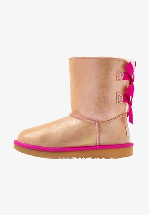 BAILEY BOW SHIMMER - Classic ankle boots - chestnut/fuchsia