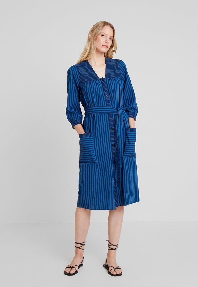 STRIPE MIX - Robe chemise - art blue