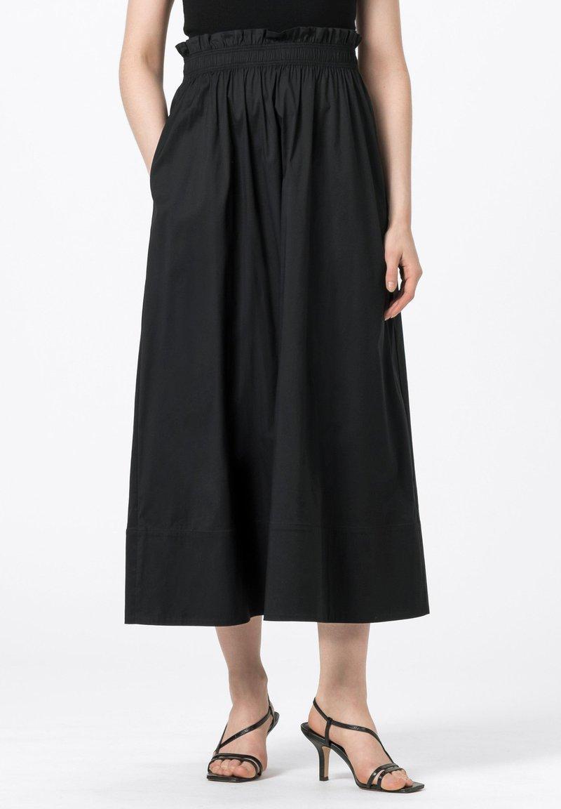 HALLHUBER - ROCK - Pleated skirt - schwarz