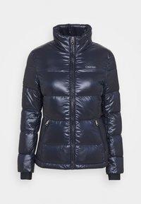 Calvin Klein - LOFTY SHORT JACKET - Down jacket - navy - 0