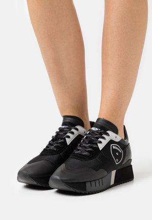 MYRTLE - Sneakers laag - black