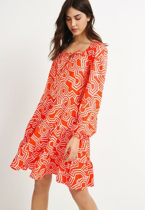 TIERED LONG SLEEVE - Day dress - red