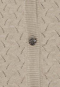 Bruuns Bazaar - ANEMONE MINNA CARDIGAN - Cardigan - beige - 2