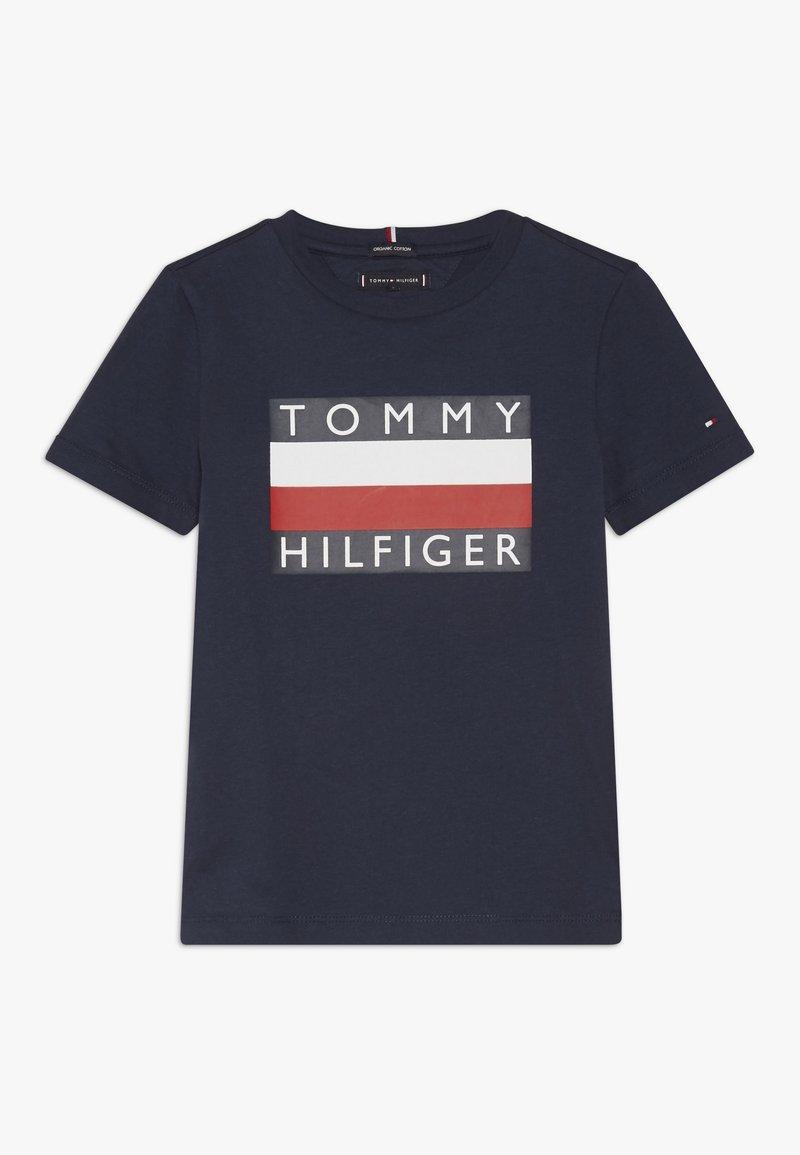Tommy Hilfiger - ESSENTIAL TEE - Camiseta estampada - blue
