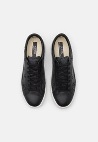 Guess - VERONA - Trainers - black/grey - 3