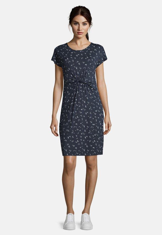 MIT PRINT - Jersey dress - blau/weiß