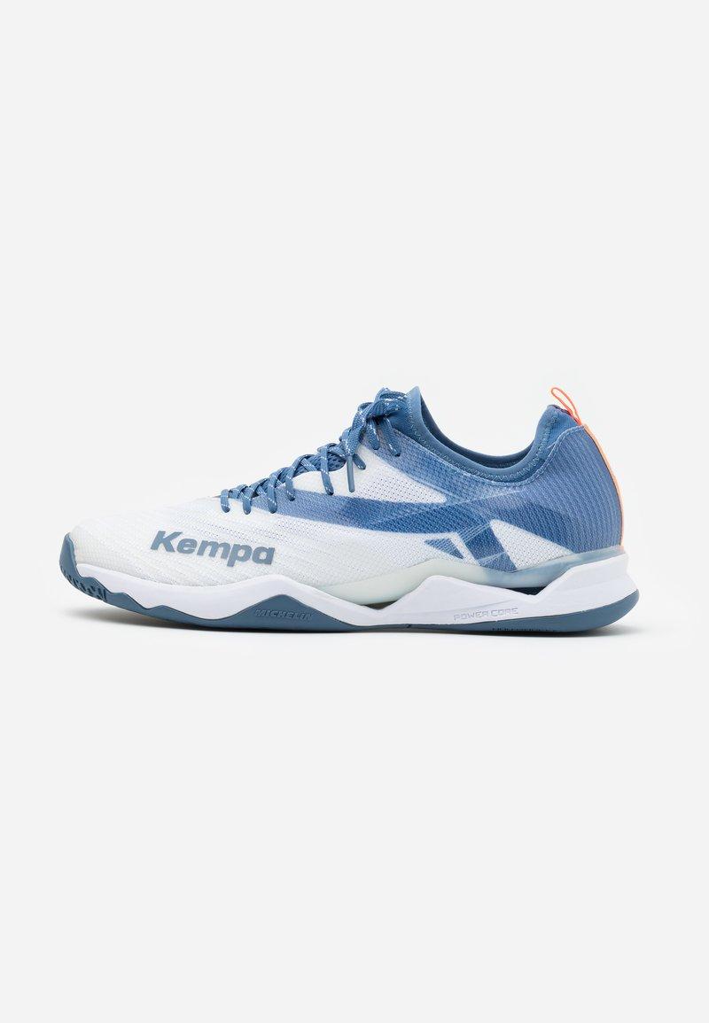 Kempa - WING LITE 2.0 - Handball shoes - white/steel blue