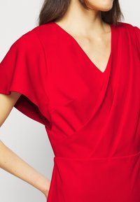 Lauren Ralph Lauren - LUXE TECH DRESS - Denní šaty - orient red - 5