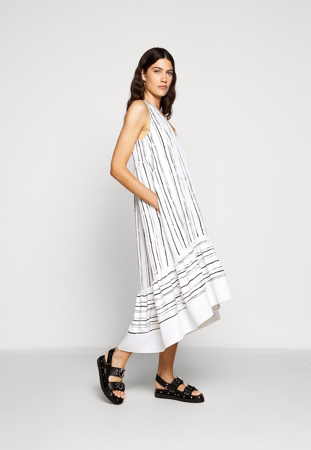 PAINTED STRIPE DRESS HIGH LOW HEM - Vapaa-ajan mekko - white