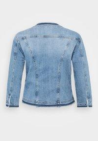 Liu Jo Jeans - GIACCA KATE - Jeansjakke - light blue denim - 5