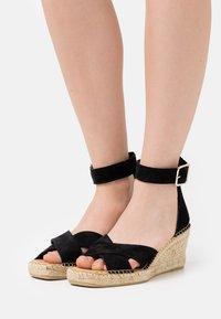 Selected Femme - SLFESTHER WEDGE  - Sandály na platformě - black - 0