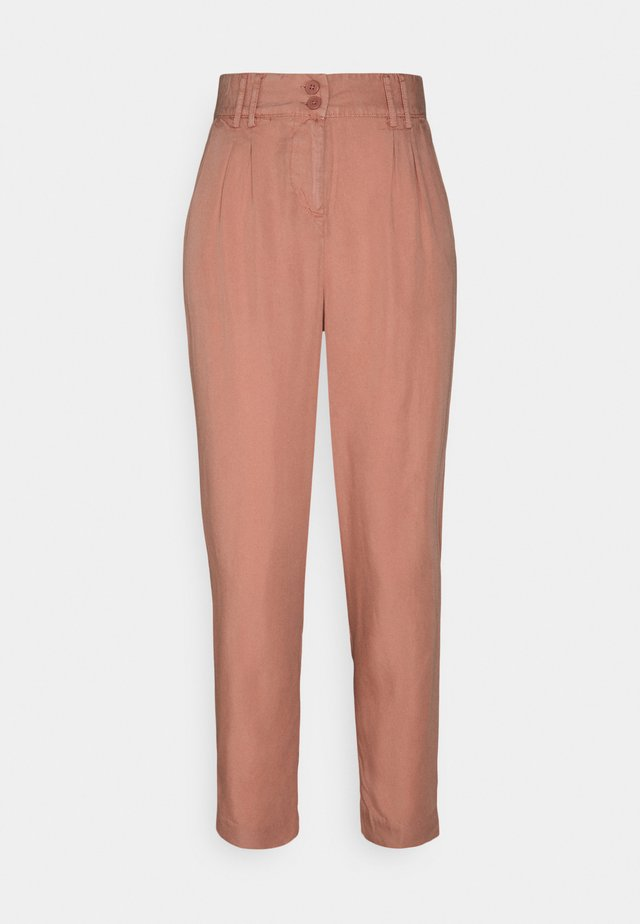 BYECELA PLEAT PANTS - Trousers - canyon rose