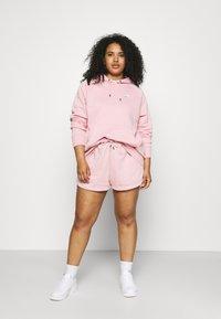 Nike Sportswear - Shorts - pink glaze/white - 1