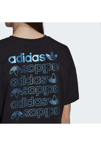 adidas Originals - LARGE LOGO T-SHIRT - T-shirt imprimé - black - 5