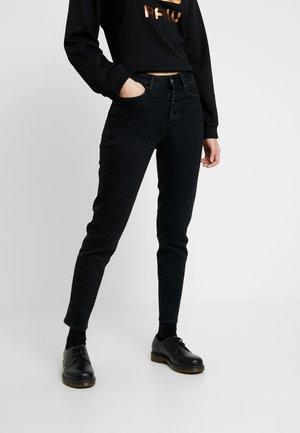 NAVIK HIGH SLIM ANKLE POP - Jeans Slim Fit - jet black