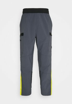 STEEP TECH PANT UNISEX - Cargobroek - vanadis grey/lightning yellow/black