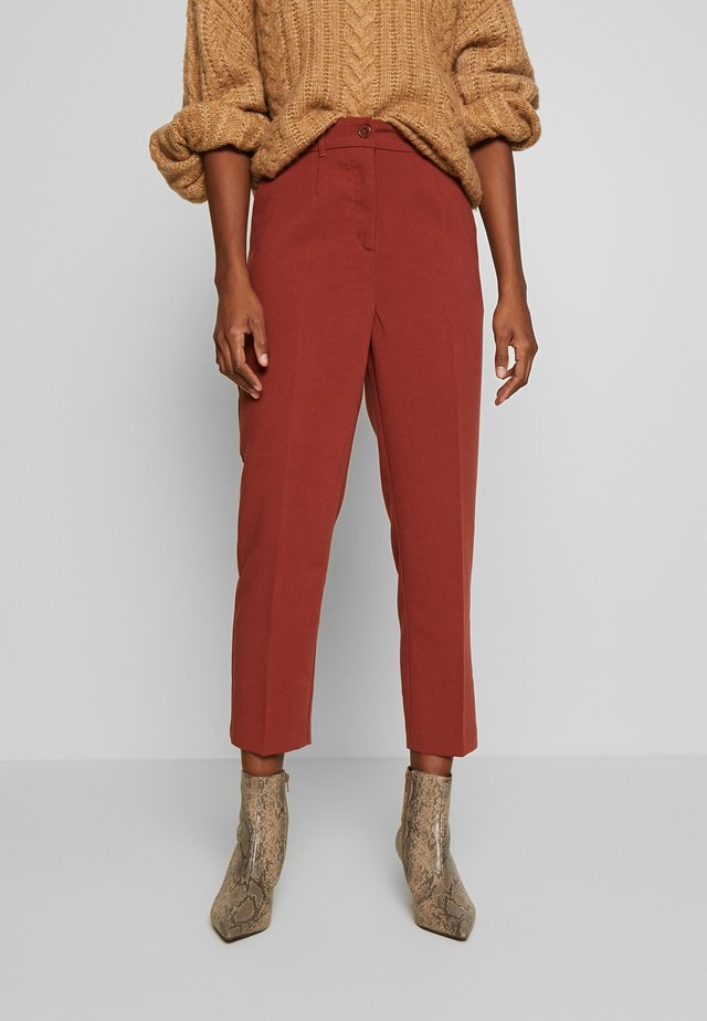 FORMAL PANTS - Pantaloni - toffee