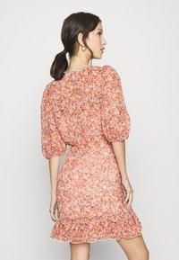 Forever New - KYLIE RUCHED MINI DRESS - Kjole - orange - 2