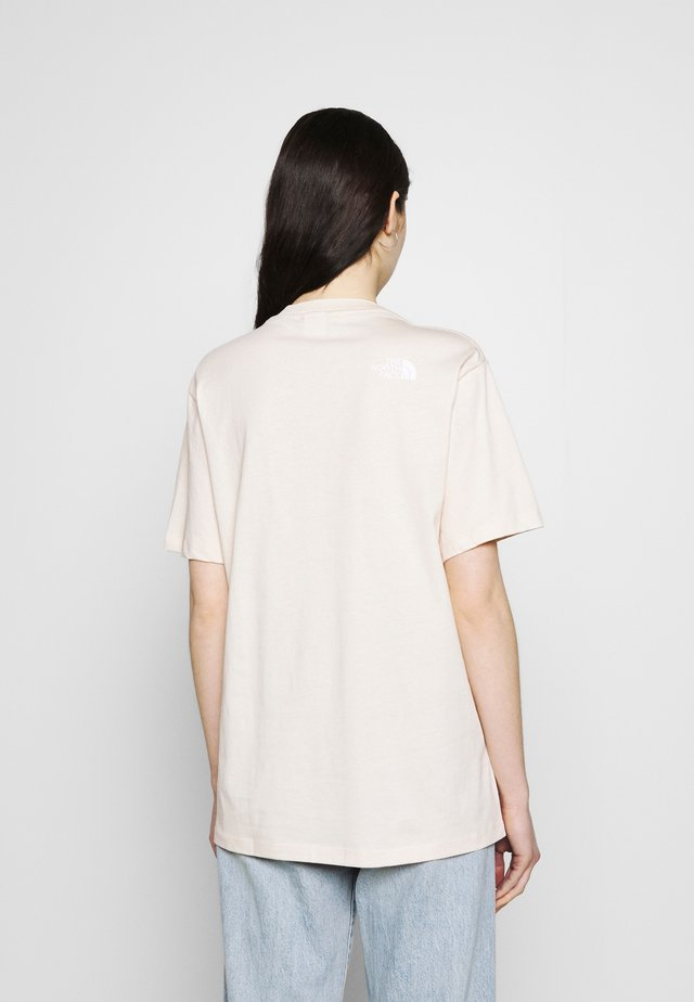ZUMU TEE - Jednoduché triko - pink tint