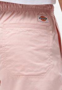 Dickies - VICTORIA - Shorts - light pink - 3