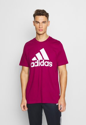 ESSENTIALS SPORTS SHORT SLEEVE TEE - Print T-shirt - power berry