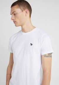 PS Paul Smith - SLIM FIT ZEBRA - T-shirt basic - white - 4