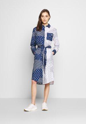 MILLIE DRESS  - Blusenkleid - navy white