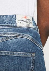 Herrlicher - GILA CONIC RECYCLED - Straight leg jeans - retro marvel - 4