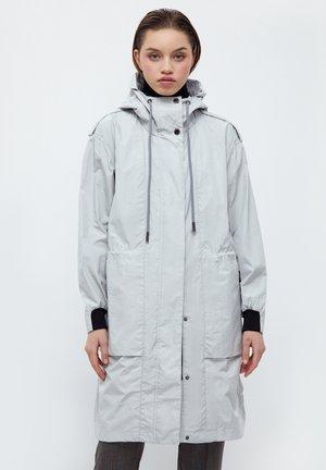Waterproof jacket - light grey