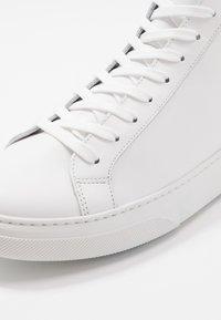 GARMENT PROJECT - Sneakersy wysokie - white - 5