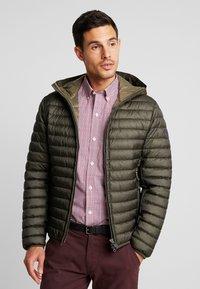 Marc O'Polo - REGULAR FIT LONG SLEEVE HOOD - Light jacket - grape leaf - 0