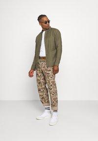 AllSaints - HUNGTINGDON SHIRT - Shirt - parlour green - 1