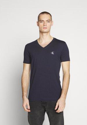 ESSENTIAL V NECK TEE - Basic T-shirt - night sky