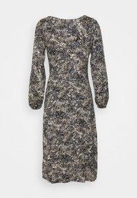 Wallis Petite - SPOT SNAKE DRESS - Vestido ligero - navy - 6