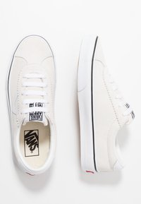 Vans - SPORT - Trainers - white - 1
